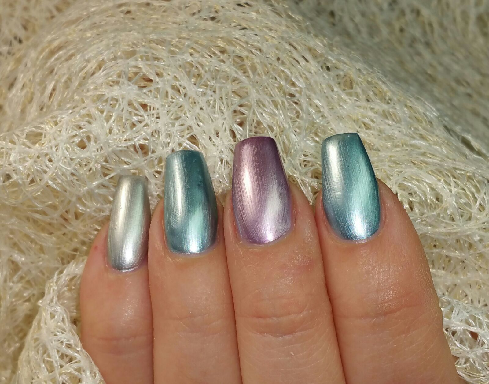 You are currently viewing Idee Nails, Smalto Chrome Juliana e…..Stamping!!