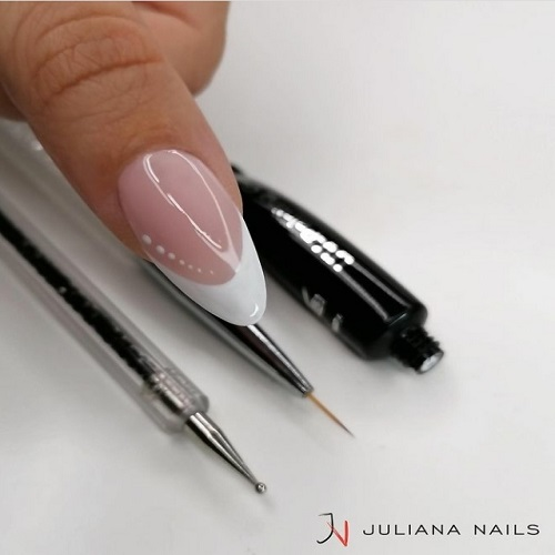 Read more about the article French Manicure o Baby Boomer?